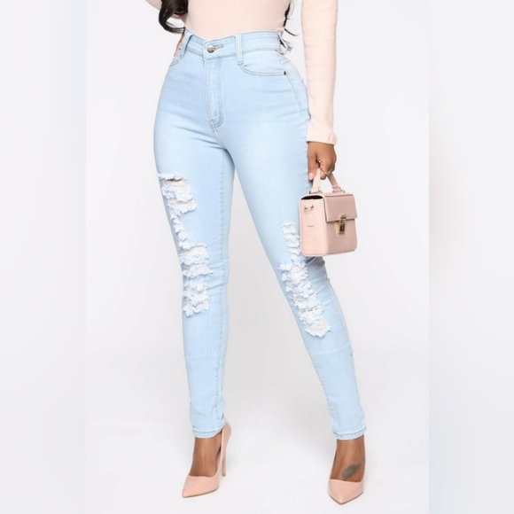 Drive To The Ocean Jeans - Light Blue Wash